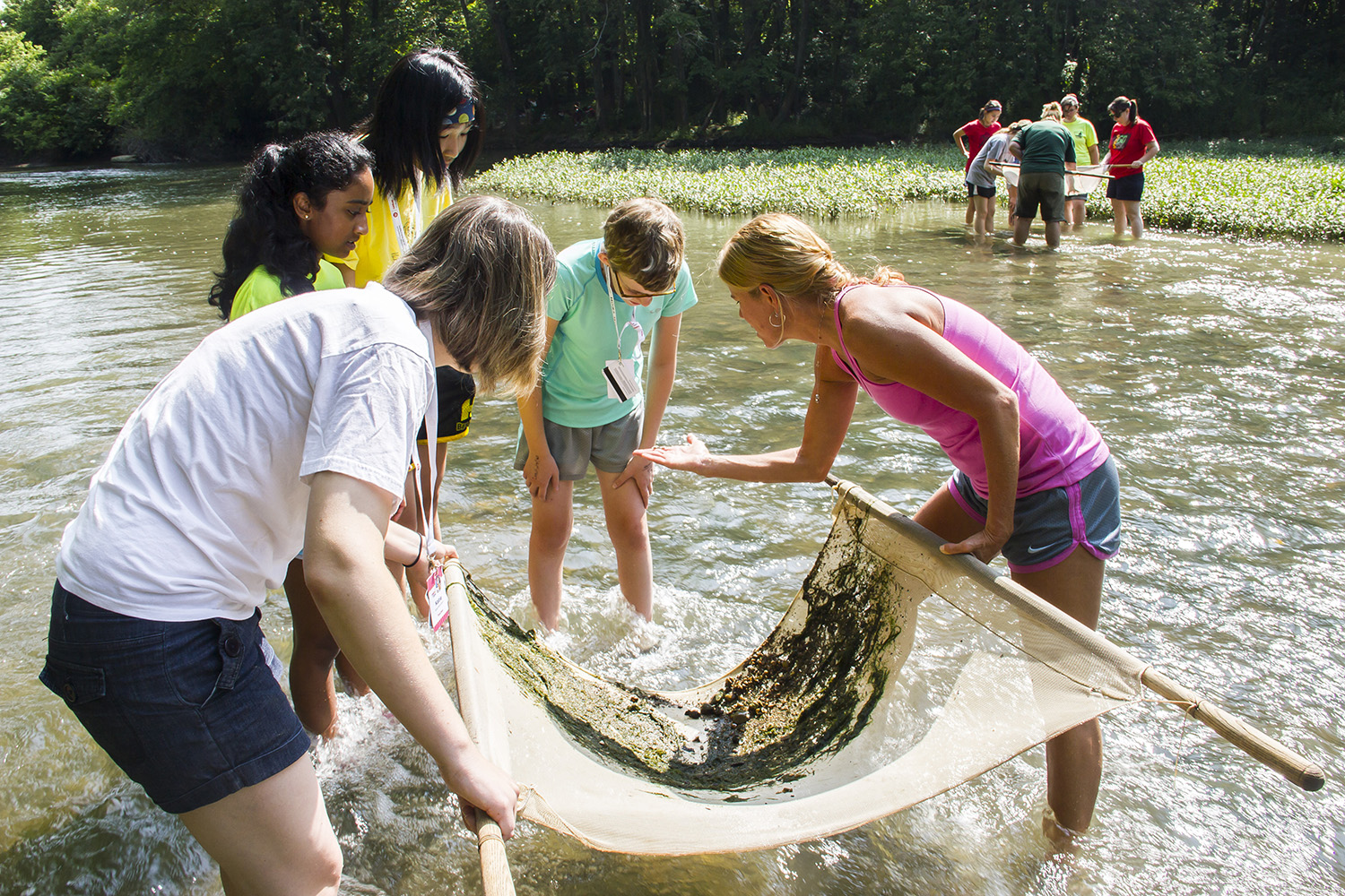 YWSI students at Big Darby Creek